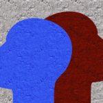 青と赤の人型